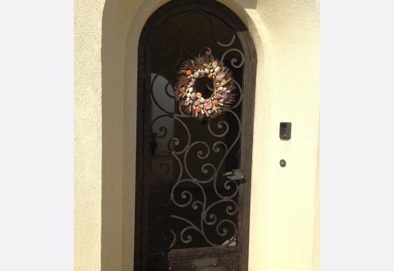 This custom iron front gate in Chino Hills CA has Spanish and French style influences. We created it to fit this home\u0027s entrance to the courtyard. & Angels Ornamental Iron Gallery - Orange County CA | Ornamental ... Pezcame.Com