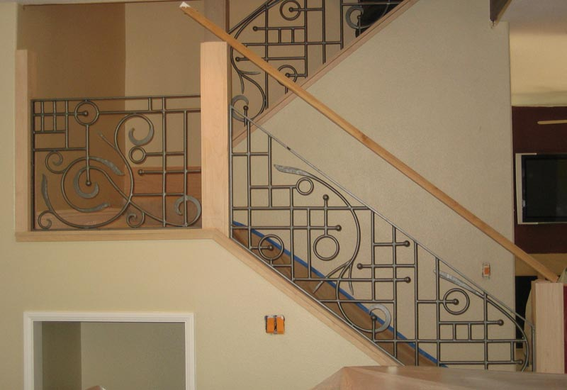 The Mix Of Contemporary Lines And Old World Scrolls Fuse Into This Wrought Iron Staircase Railing In Mission Viejo Ca Custom Matched Decor